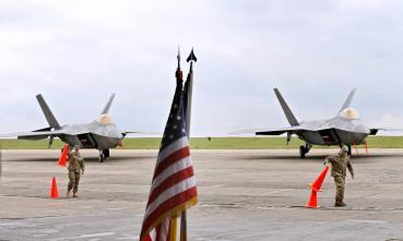 united-states-f-22-planes-romania.jpg